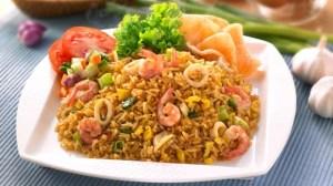 Nasi-goreng-seafood-resep_7_6.2.5_326X580_7_6.2.5_326X580